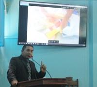 Charles Meireles fala da cheia do rio Madeira e sobre material escolar da rede municipal
