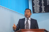 Charles Meireles parabeniza professores de Manicoré e solicita cópias de diárias devolvidas no ano de 2018