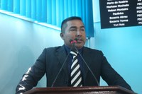 Charles Meireles solicita desobstrução de bueiros em Manicoré