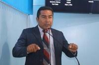 Charles Meireles solicita gerador de energia elétrica para comunidade de Jauarí