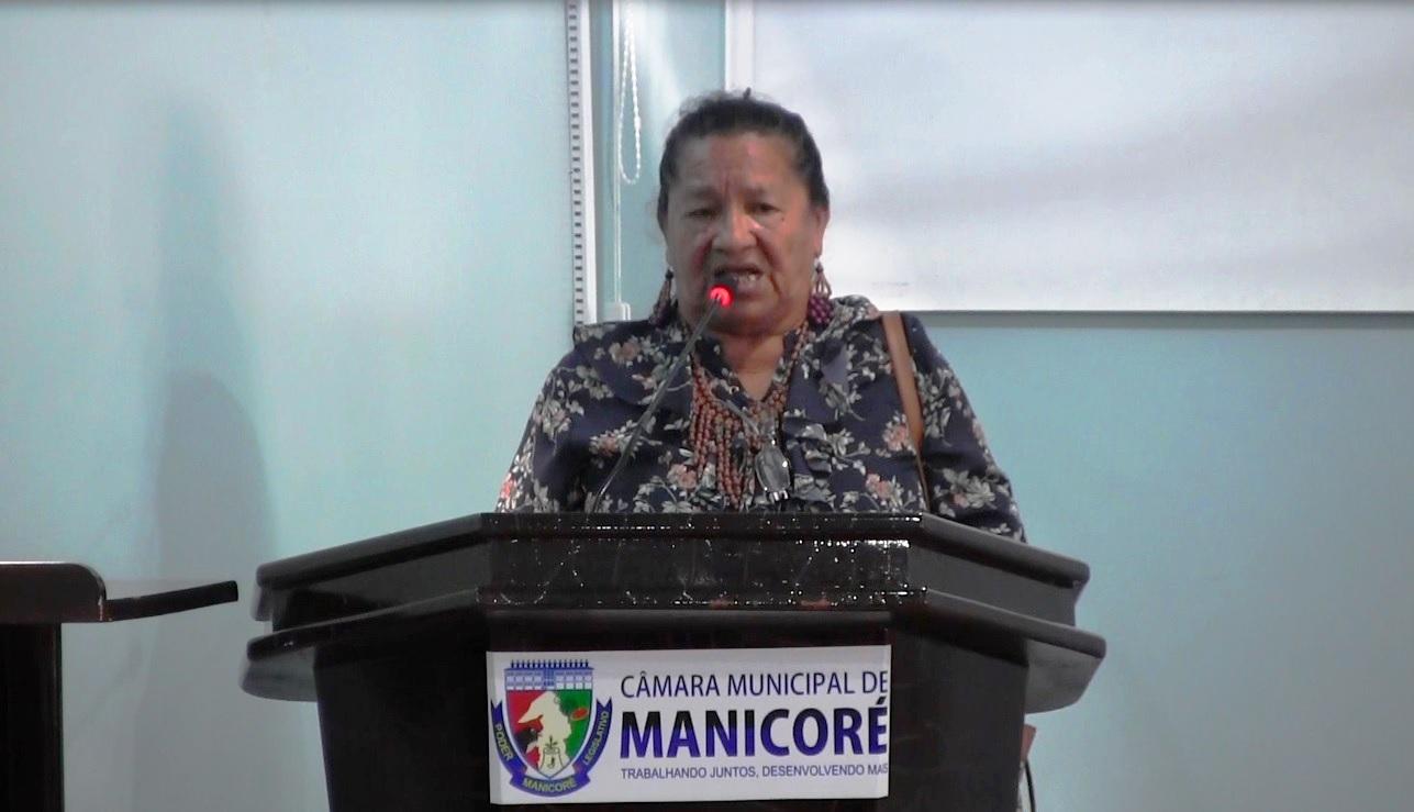 Cultura indígena do rio Mataurá é exposta em livro apresentada na Câmara de Manicoré