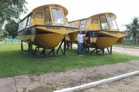 Lanchas e Micro Ônibus do Transporte escolar estão abandonadas pela prefeitura de Manicoré, diz vereador Bombom