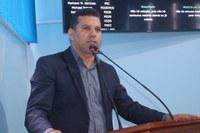 Markson Barbosa cobra que poder executivo faça passarela no porto de Manicoré