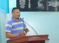 Morador faz uso da Tribuna Livre para reivindicar regularização de lotes na Câmara de Manicoré