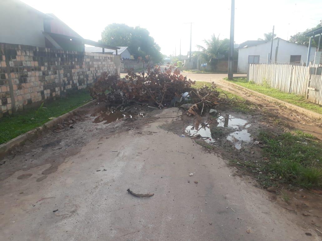 Socorro Torres indica melhorias nas ruas do Bairro Andaraí