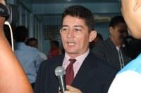 Vereador Roberval Neves surpreende e é eleito presidente da Câmara Municipal de Manicoré