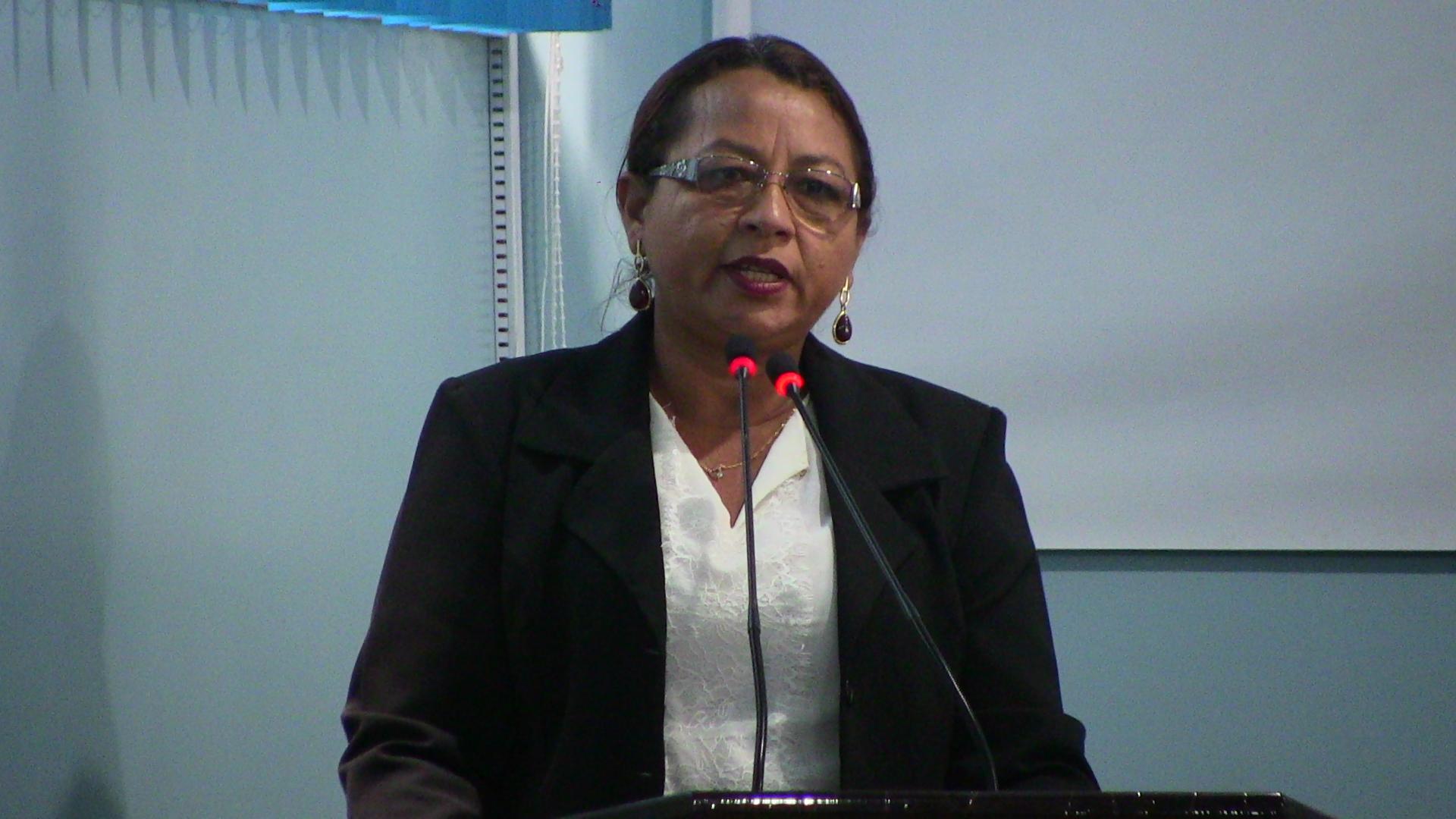 Vereadora Socorro Abreu informa sobre os cursos do CETAM em Manicoré